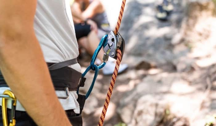 how to hang a climbing rope