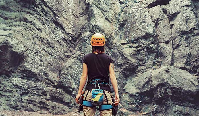 how should a climbing harness fit